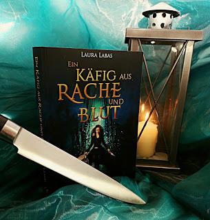 """""""Ein Käfig aus Rache und Blut"""" von Laura Labas"""