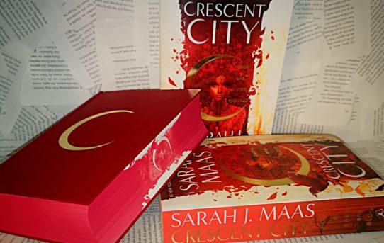 """""""Crescent City - Wenn das Dunkel erwacht"""" von Sarah J. Maas"""