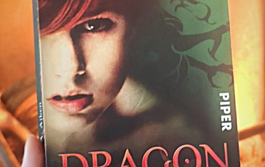 """Dragon Touch"" von G. A. Aiken"
